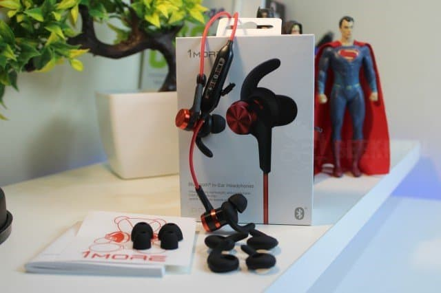 1More iBFree Bluetooth In-Ear Headphones