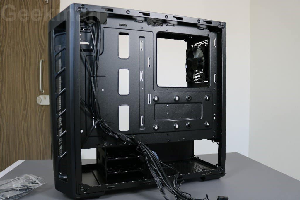 Cooler Master Masterbox MB511 right side