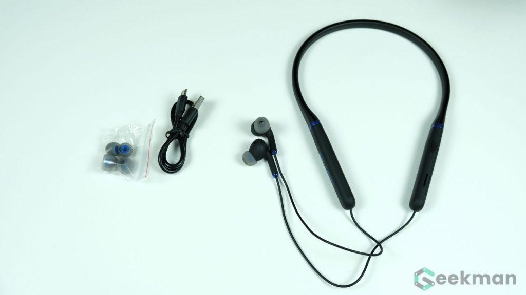 Sound One X90 box content
