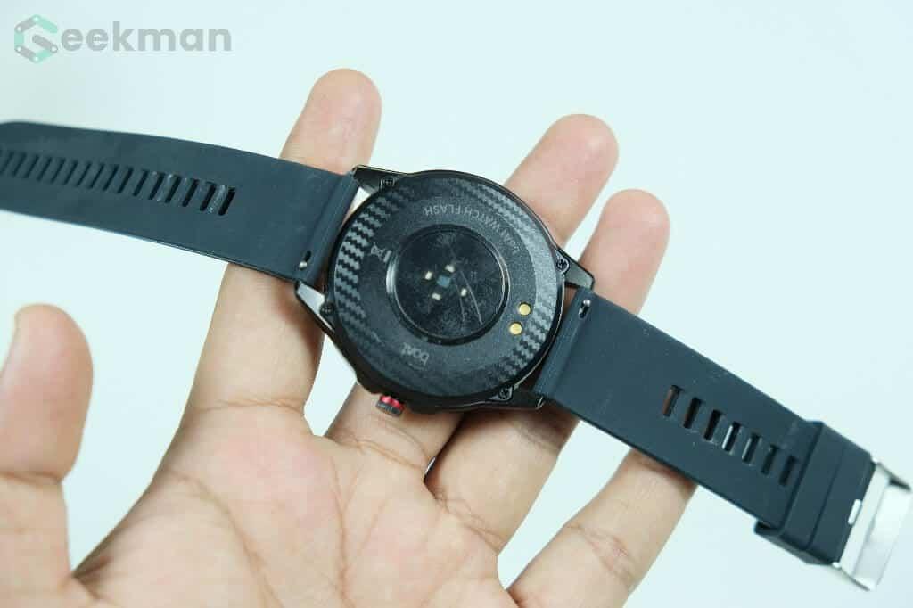 Boat flash smartwatch back