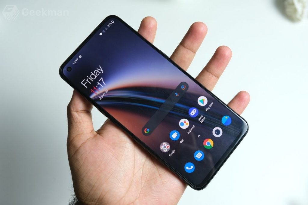 OnePlus Nord CE display